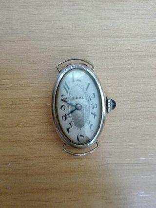 Antiguo reloj de pulsera de mujer Leal