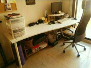 Mesa de despacho de segunda mano por 15 en residencia nuestra se ora del pilar en wallapop - Mesas de despacho segunda mano ...
