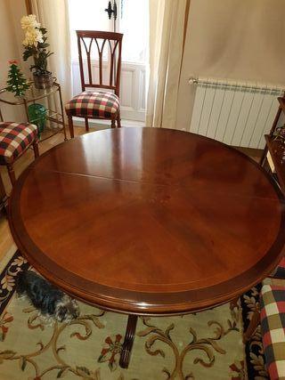 Mesa de comedor de madera maciza