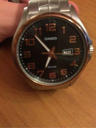 Reloj. MTP 1319