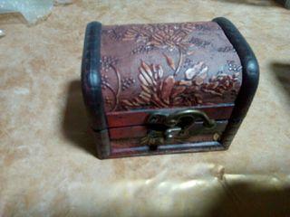 caja de monedas extranjeras