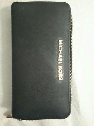 Monedero negro Michael Kors