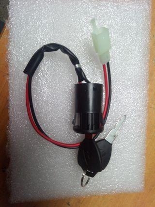 Contacto eléctrico patinete bicicleta electrica.