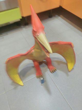 dinosaurio de goma gran tamaño
