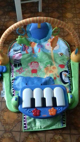 piano de juegos para bebe