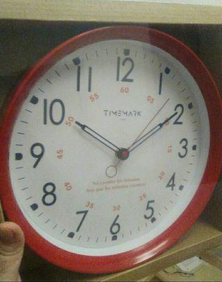 Reloj de pared (Nuevo en su caja)