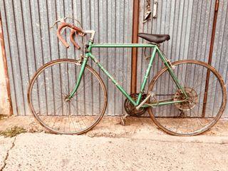bicicleta antigua de carretera