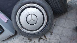 1 Llanta mercedes + neumático goodyear 195-65-15