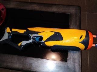 Metralleta convertible en pistola nerf