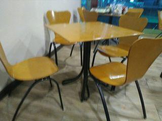 juego mesas y sillas
