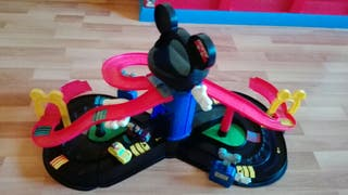 pista de carreras de mickey mouse