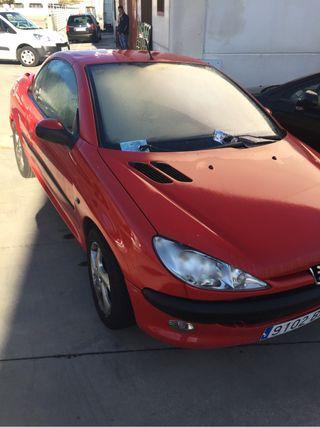 Peugeot 206 CC 1.6 2002 capota sólo funciona manua
