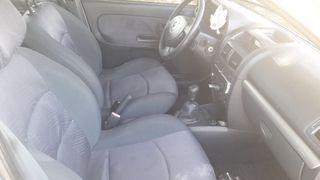 Renault Clio 1.4 16v 98cv