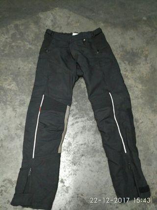 pantalon moto de BMW santiago