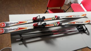 skis carving