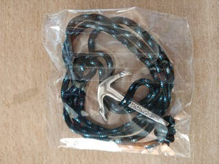 pulsera de cuerda con ancla
