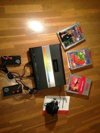 Consola Atari 7800