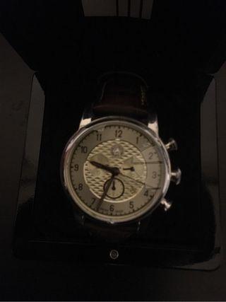 Reloj Mercedes-Benz