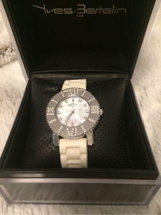 Reloj de diseño BEST Paris