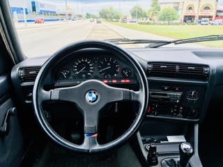 BMW 318iS 1990