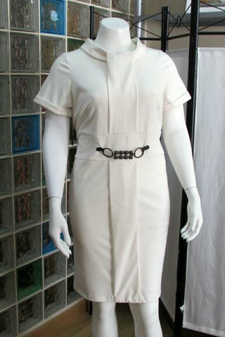 Vestido nuevo, La tienda de Marta