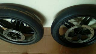 neumaticos slicks tzr