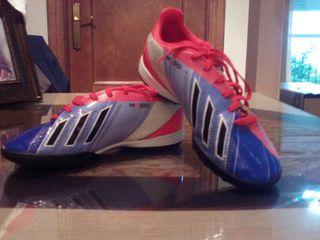Botas Multitacos Adidas Messi 34
