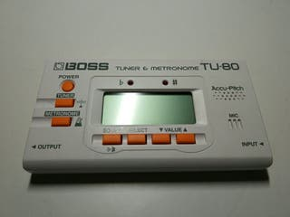 Afinador metrónomo Boss TU 80