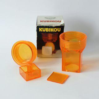 Kubikou. Original utensilio de cocina. Años 70