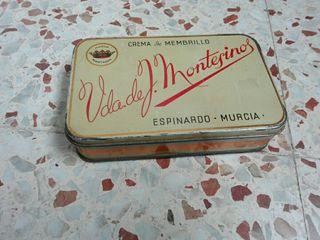 Caja hojalata Montesinos
