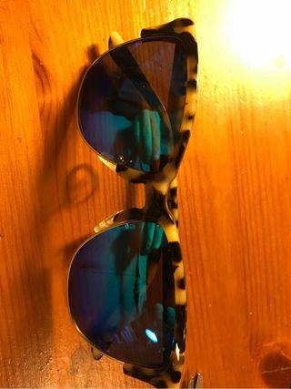 Gafas de sol Hawkers de segunda mano en Madrid en WALLAPOP d1b4393722f9