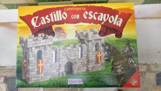 CASTILLO DE ESCAYOLA