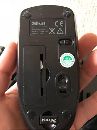 Teclado inalámbrico más ratón QWERTY