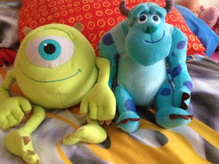 Peluches mounstros S.A.