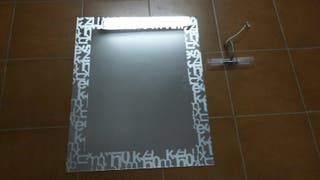 mirall amb llum
