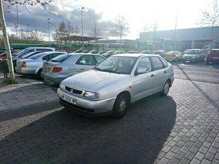 SEAT Cordoba 1.6-75cv.. tlf686 40 54 15