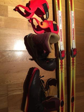Esquís de fondo patinador 1,95 y botas del 44