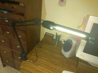 Lámpara con adaptador para mesa