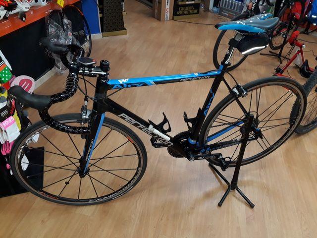 Bicicleta carretera de carbono talla M