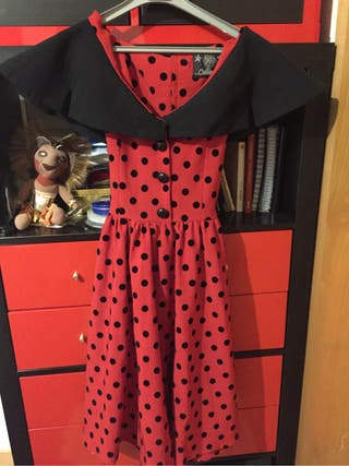 Vestido pin-up caperucita roja