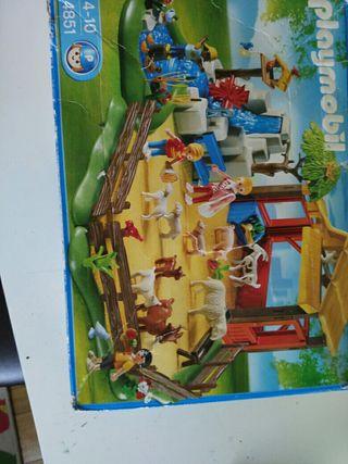 Playmobil granja o zoo para niños