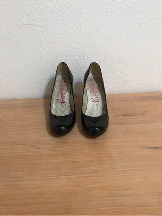 Zapatos de tacon mustang