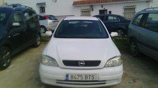 Opel Astra 2002 es un 1600 gasolina