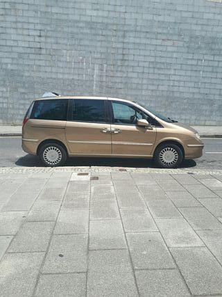 Lancia Phedra 2006