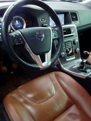 Volvo V60 diesel año 2012