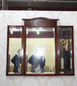 Antiguo espejo triptico