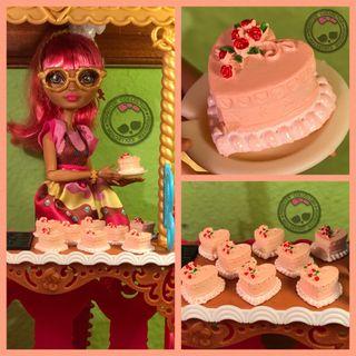 Pastelería Miniatura - Tarta Fiesta/Cumpleaños de Fresa