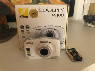Cámara Nikon Digital Acuática