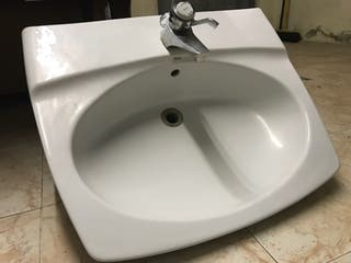 Pica lavabo baño