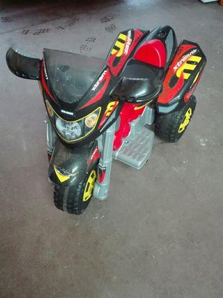 Quad moto eléctrica